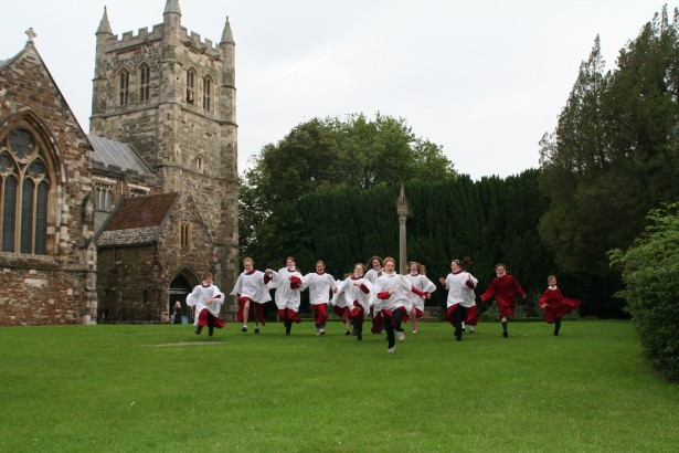 wimborne minster single girls Meet thousands of local wimborne singles, as the worlds largest dating site we make dating in wimborne easy plentyoffish is 100% free, unlike paid dating sites you will get more interest and responses here than all paid dating sites combined over 1,500,000 daters login every day to plentyoffish.